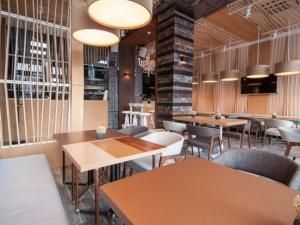 Искате тематично парти с добра кухня и прекрасна обстановка в сърцето на Пловдив? Ето го вашето място СНИМКИ