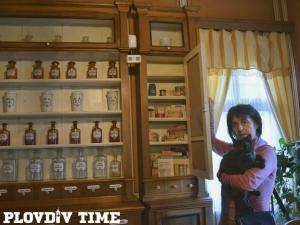 Музеят на фармацията в Стария Пловдив пази рецепти за изцеление СНИМКИ