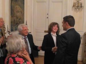 150 души аплодираха пловдивския виртуоз Николай Маринов в посолството ни в Париж