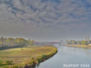 Златна есен в коритото на река Марица СНИМКА