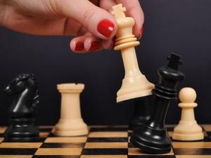 Ученици от Пловдив мерят сили в шахматен турнир