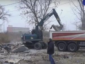 Ром с бутната къща в Арман махала: Ши дават апартамент! ВИДЕО