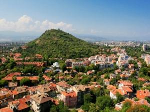 Вдигат огромен пантеон на Младежкия хълм, 5 врати ще разказват историята на националното обединение ВИДЕО