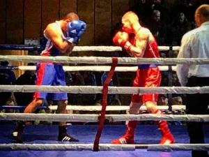 Пловдивският боксьор Арман Хакобян стана републикански шампион! СНИМКИ
