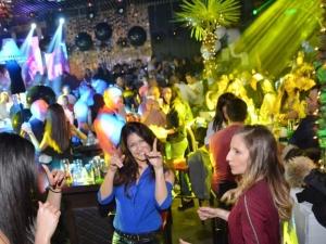 Готови ли сте за 8 декември? Уникално парти очаква студентите в W club СНИМКИ