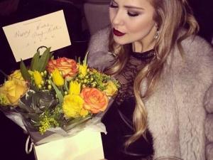 Николет Матакова празнува Никулден в моден клуб в Лондон