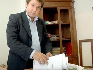 Скандалният ЧСИ Атанас Атанасов на съд за присвоени 700 хиляди
