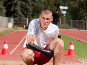 Параолимпиецът Михаил Христов промени визията си, позира за календар СНИМКИ
