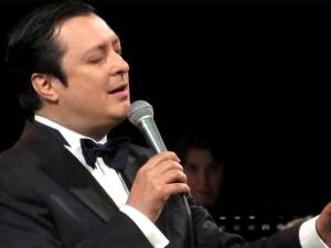 Българският Франк Синатра с коледен концерт в Пловдив