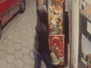 ВИДЕО от въоръжения грабеж в Пловдив