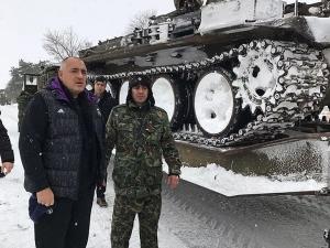 Борисов от епицентъра на бедствието: Повече от това не може да се направи СНИМКИ