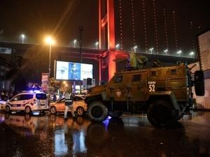Терорист окървави Новогодишната нощ в Истанбул, 39 убити