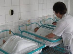 13-годишна роди първото бебе за 2017-а