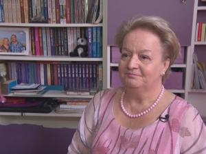 Алена посъветва Бойко Борисов да не прави правителство през 2017 г.