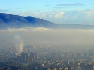 Въздухът в Пловдив е опасно мръсен! Обявен е червен цвят за насищане с ФПЧ
