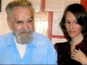 Серийният убиец, убил съпругата на Роман Полански, е в болница