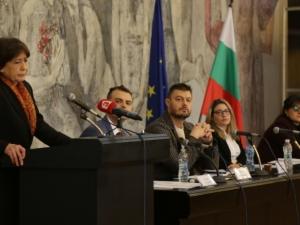 """Бареков учреди новата си партия, ще носи името """"Презареди България"""""""