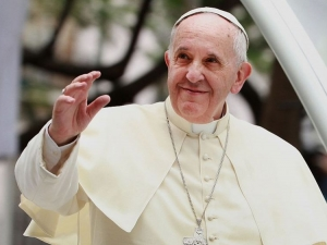 Папата разреши на жените да кърмят в църквата