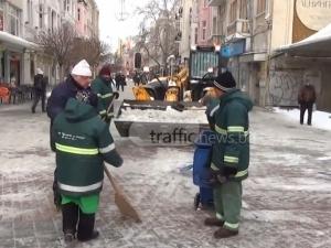 Иван Тотев: В четвъртък училищата ще са изчистени и топли, без повече ваканция