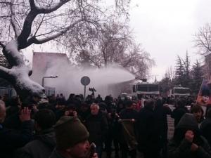 Турци излязоха на протест срещу разширяване на правомощията на Ердоган