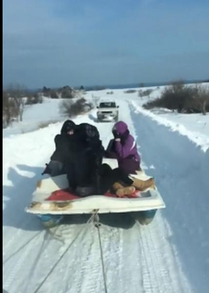 Снежни забавления... с водно колело ВИДЕО