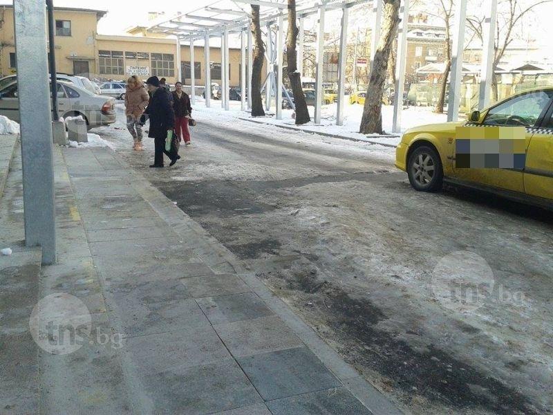 Откриха труп на бездомник на Централна гара в Пловдив