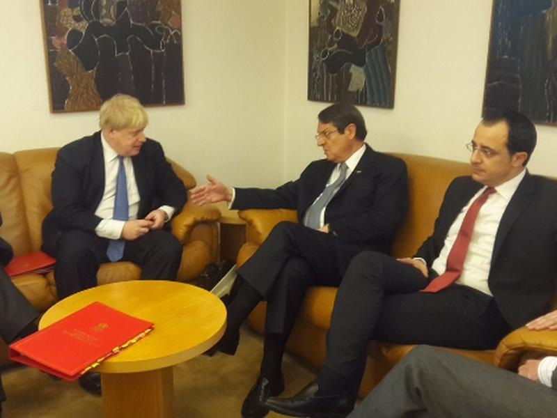 Среща в Женева дава надежда за обединение на Кипър
