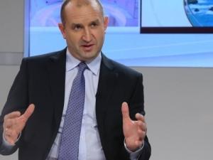 Радев: България не е зависима от Русия, ясно ориентирана е към ЕС
