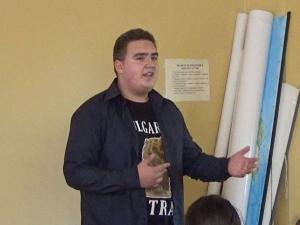 Десетокласник от Пловдив с открит урок по родолюбие: Да не бъркаме Даме Груев с Хаджията Груев