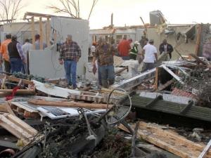 Бури и наводнения отнеха живота на 18 човека в САЩ