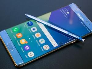 Samsung откри причината за самозапалващите се телефони