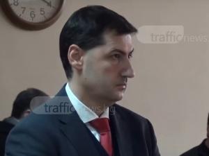 Започва делото за отстраняване на длъжност на кмета Тотев. Гледайте НА ЖИВО!