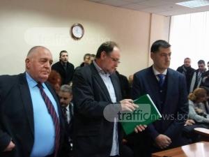 Адвокат, защитавал Алексей Петров, влезе по делото на кмета Тотев