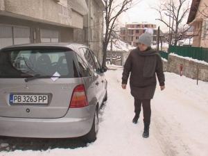 Почтеността е жива: Мъж удари спряла кола в Пловдив, но... не избяга ВИДЕО