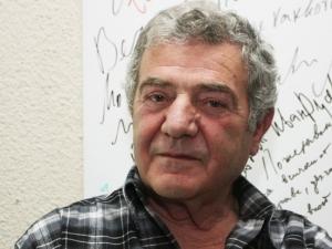 Стефан Цанев чества 80-та си годишнина тази вече в Пловдив