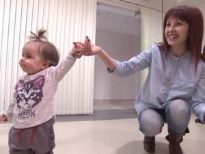 Бебето, спасено след уникална вътреутробна операция, стана на годинка