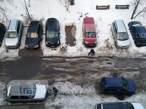 Улиците в Пловдив се превърнаха в реки, хората сами ги отводняват СНИМКИ