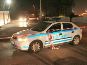 Простреляха таксиметров шофьор в колата му
