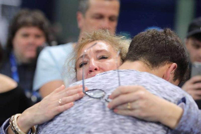 Сълзите на една горда майка ВИДЕО