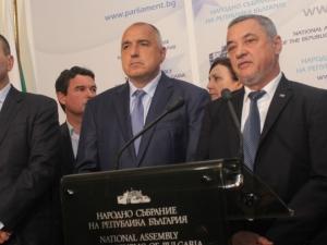 Ново проучване: 5 партии в парламента, само ГЕРБ влиза от десните формации ГРАФИКИ