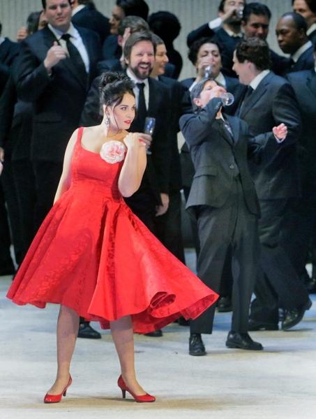 Травиата със Соня Йончева в Метрополитен опера гледаме на 18 май в Пловдив