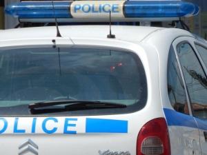 Мъж сипе псувни и заплашва полицаи в Пловдив