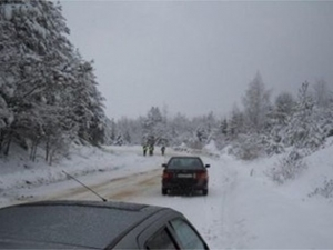 Нов сняг - нови катастрофи! Блъснаха двама пешеходци край хижа Алеко