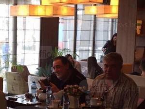 Легендата Василис Карас на кафе в пловдивския клуб Escape