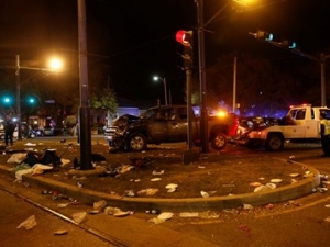Кола се вряза в тълпа в Ню Орлиънс, повече от 50 души са ранени
