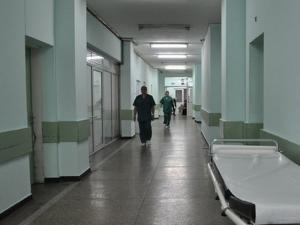 Четиригодишно дете, гледало как майка му проституира, влезе в болница