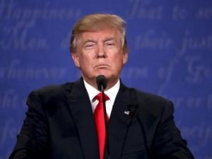 Тръмп продължава бунта си срещу медиите, отказа традиционна вечеря