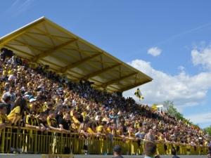 Феновете на Ботев изригнаха срещу мачовете в делнични дни