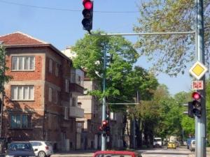 """Булевард """"Шести септември"""" край Зоопарка остава затворен"""