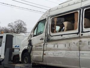 ОБЗОР НА ДЕНЯ: Хеликоптер откара в Турция ранените от мелето край Пловдив (ВИДЕО)